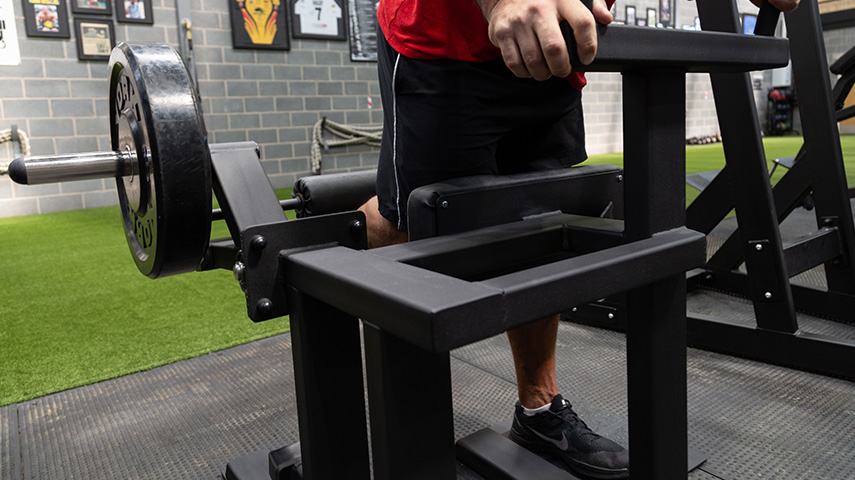 Plate Loaded Standing Leg Curl 1